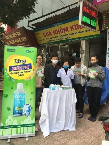 Tặng miễn phí gel rửa tay sát khuẩn