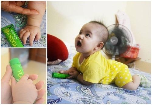 hạn chế khô da cho bé