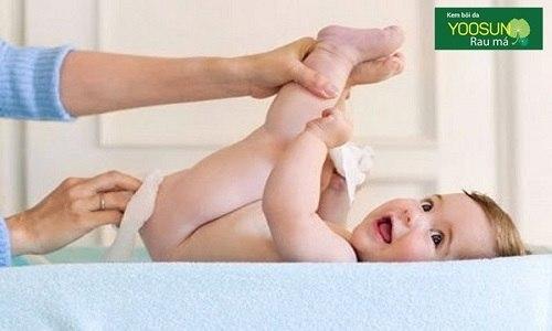 Cách chống hăm ở trẻ sơ sinh