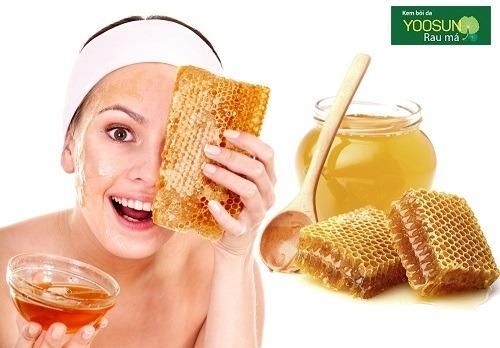 Mặt nạ dưỡng da bằng mật ong nguyên chất