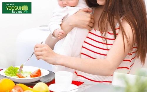 Trẻ sơ sinh dị ứng sữa mẹ